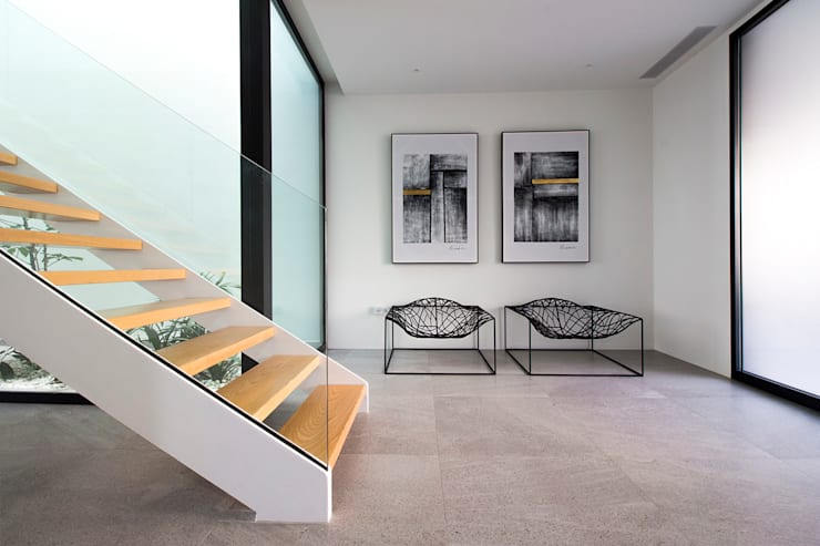 Koridor dan lorong oleh DonateCaballero Arquitectos, Minimalis