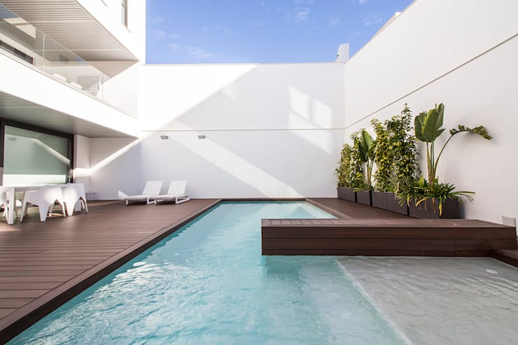 Kolam Renang oleh DonateCaballero Arquitectos, Minimalis