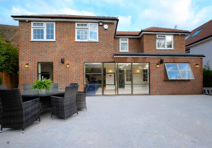 Sieger Legacy windows and door Modern windows & doors by IQ Glass UK Modern Aluminium/Zinc