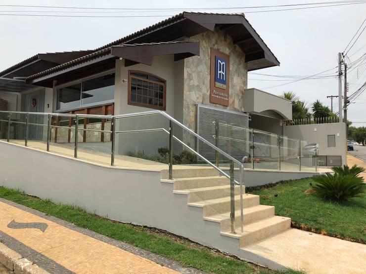 Rumah oleh Lozí - Projeto e Obra, Klasik