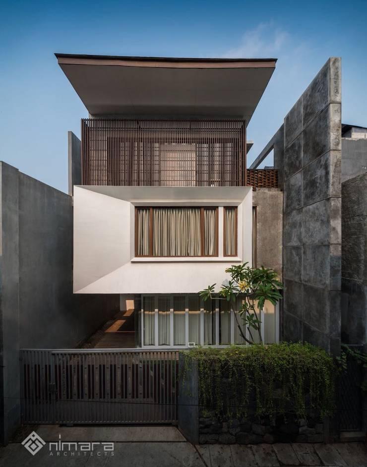 Tampak Depan:   by KHK Construction