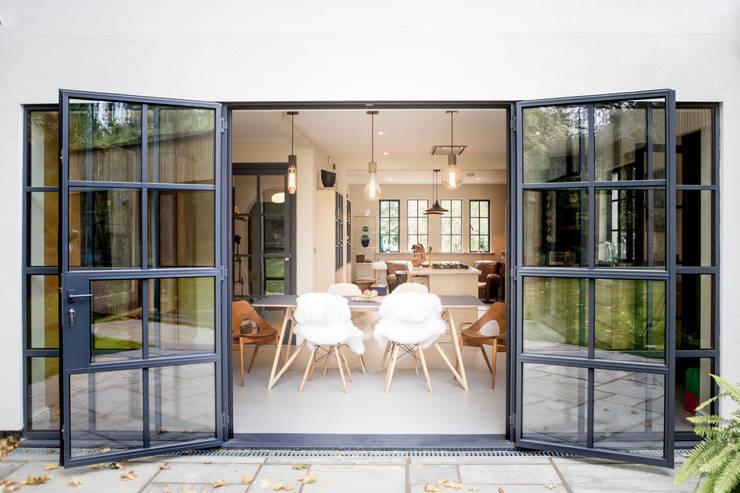 Woodstock Road used Mondrian Doors by IQ Glass UK Modern Iron/Steel