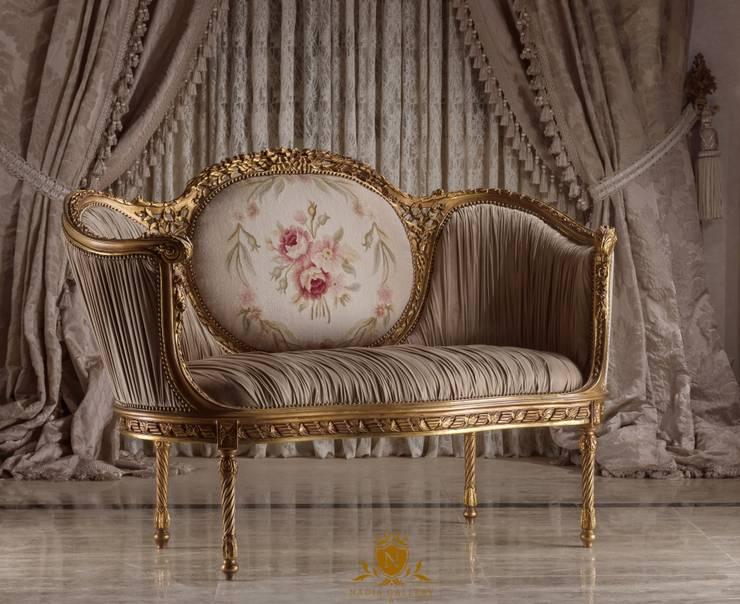 Love seat:  المنزل تنفيذ NADIA .Gallery