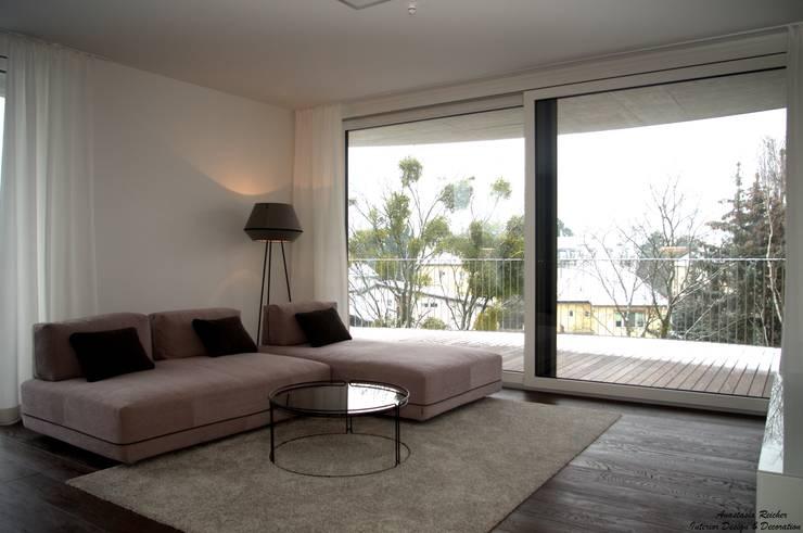 Wohraum:  Wohnzimmer von Anastasia Reicher Interior Design & Decoration in Wien