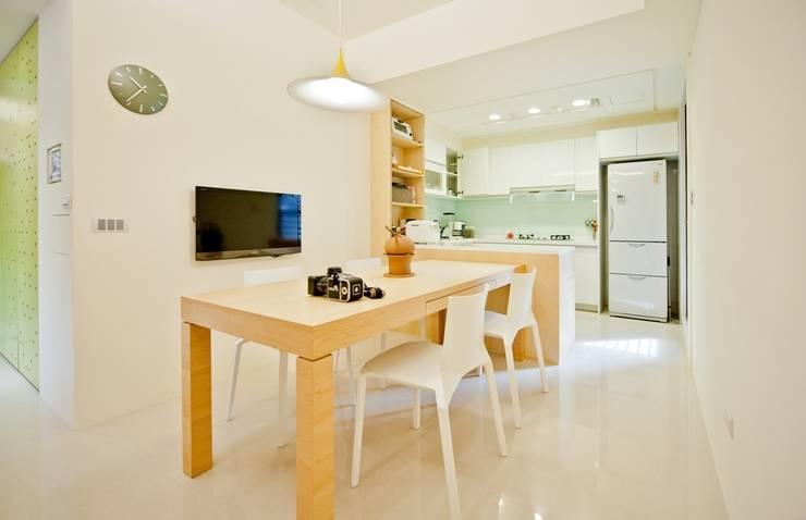 Столовые комнаты в . Автор – 直方設計有限公司,