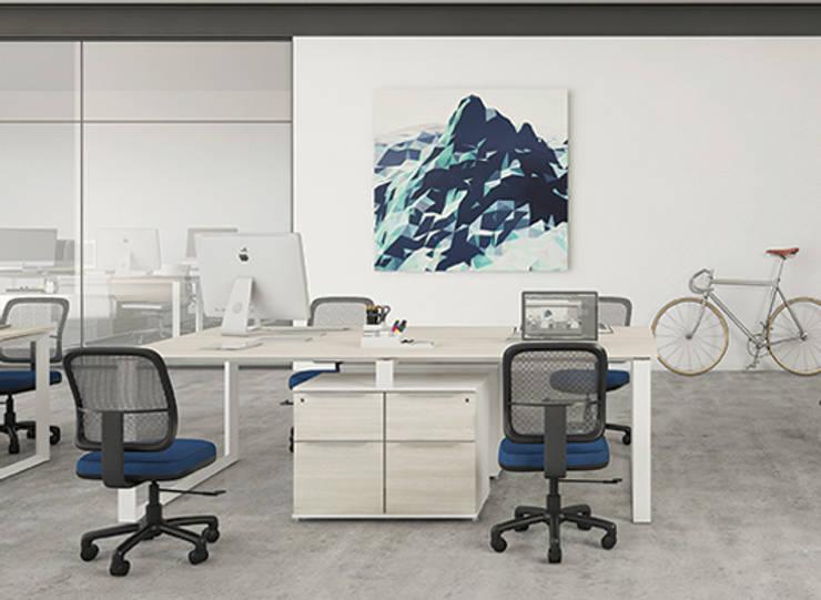 Benching de Trabajo: Oficinas y tiendas de estilo  por GREAT+MINI