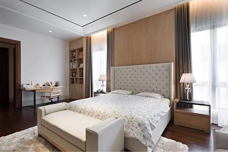 AT House:  Kamar Tidur by ARF interior