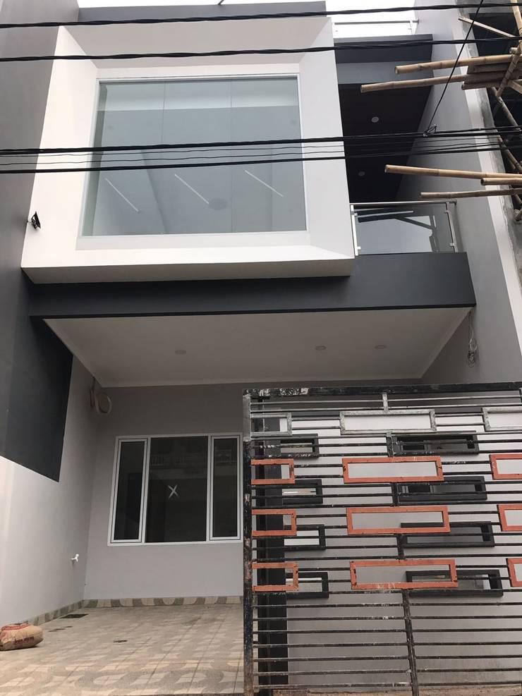 rumah poris  (tangerang):  Rumah by qic arsitek