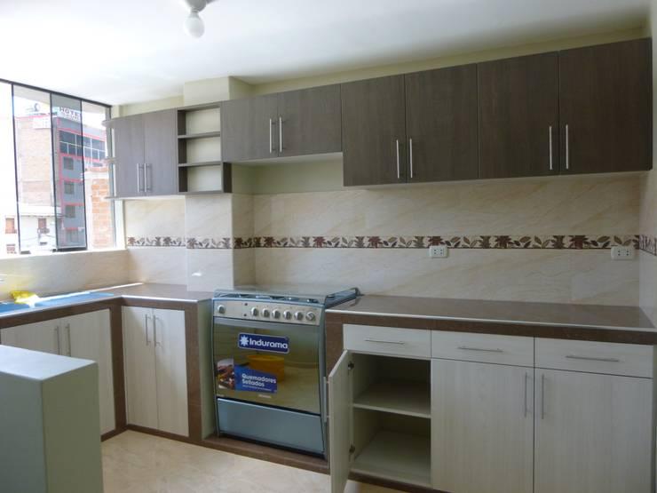 وحدات مطبخ تنفيذ ARDI Arquitectura y servicios , حداثي ألواح خشب مضغوط