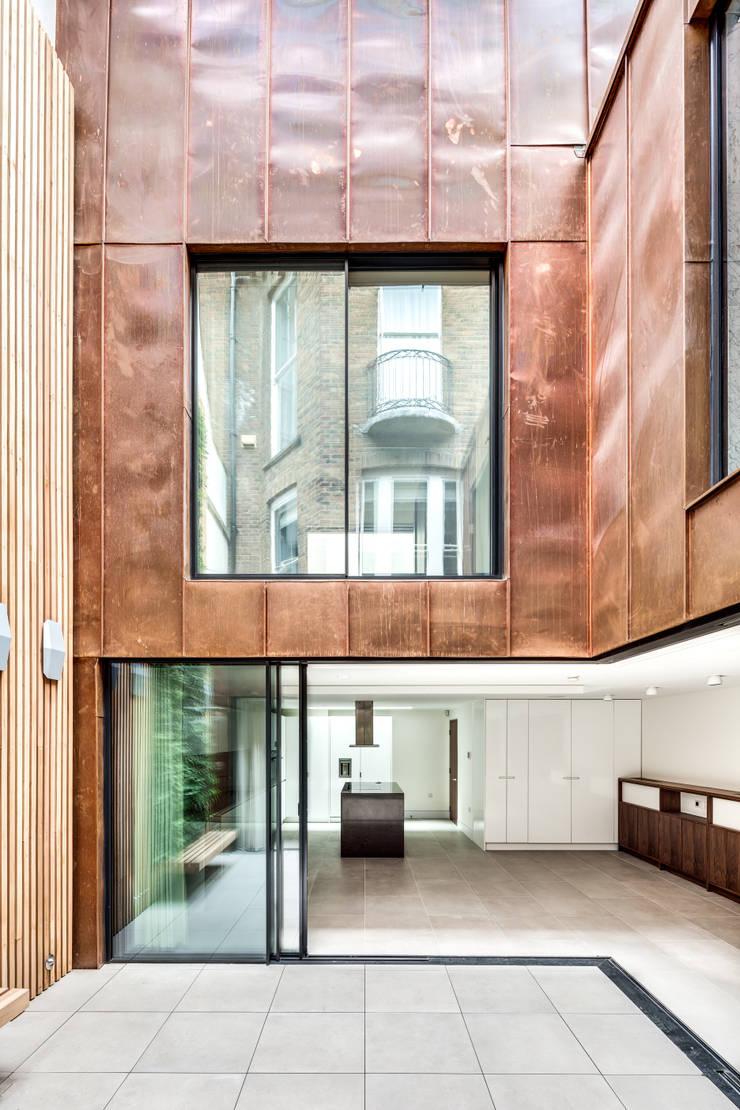 Welbeck Street by IQ Glass UK Modern Copper/Bronze/Brass