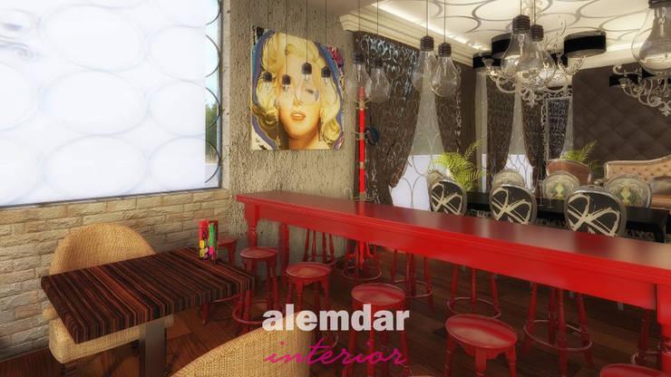 elif alemdar interior – Esquina Cafe: modern tarz , Modern Ahşap-Plastik Kompozit
