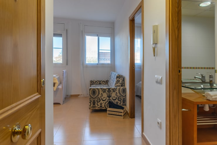 Hành lang theo Home Staging Tarragona - Deco Interior, Công nghiệp