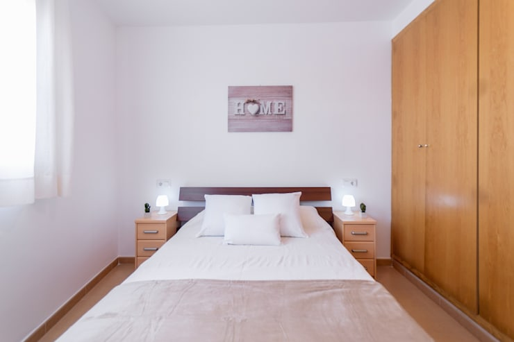 Phòng ngủ theo Home Staging Tarragona - Deco Interior, Công nghiệp