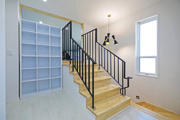 계단 공간: 하우스톡의  계단