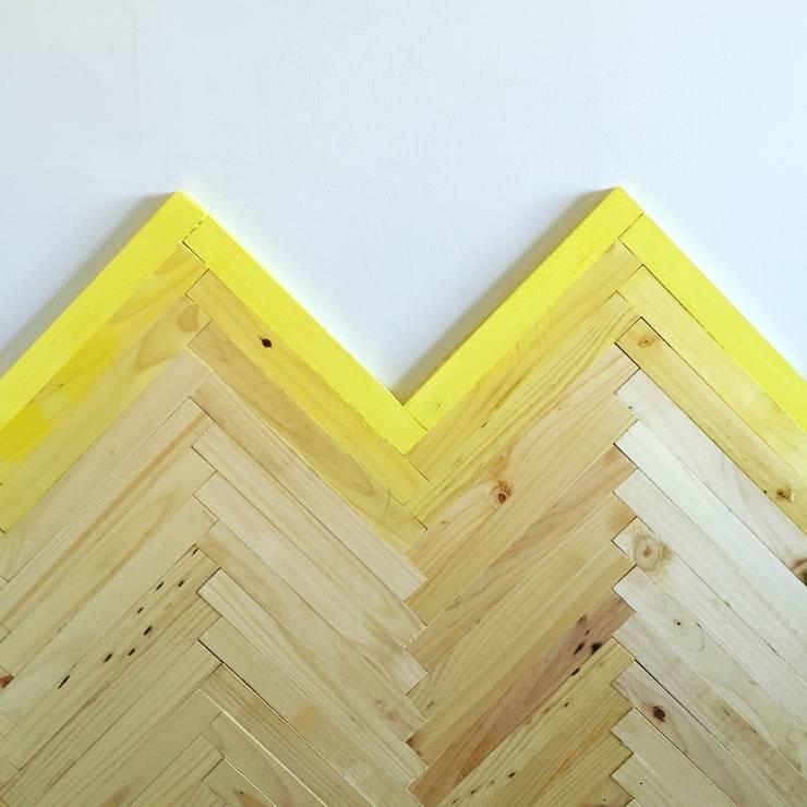 Muro casi terminado: Paredes y pisos de estilo  por Estudio Independiente