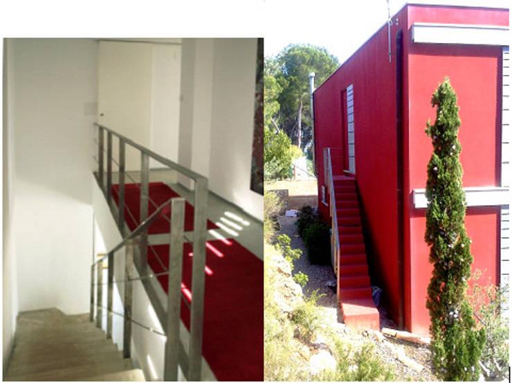 Asiento de la casa SO i Oeste – Zona Yin: Escaleras de estilo  de Arpa'Studio Arquitectura y Feng Shui