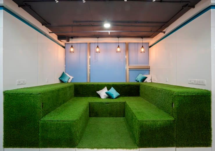 Interior for Clearsynth Office, Mumbai:  Commercial Spaces by Finch Architects