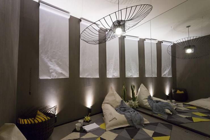 Estudio de Diseño: Estudios y oficinas de estilo  por Tumburus Lucas - Diseño y Arquitectura Interior,