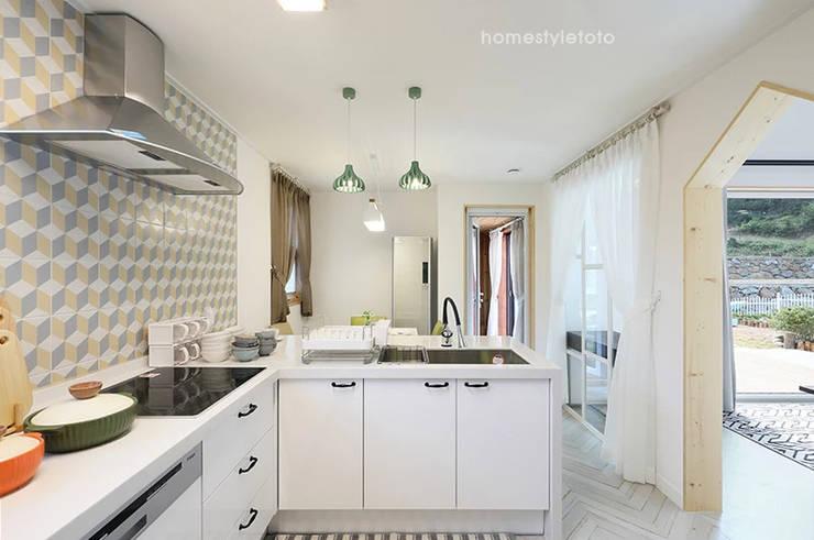 주방: 주택설계전문 디자인그룹 홈스타일토토의  주방