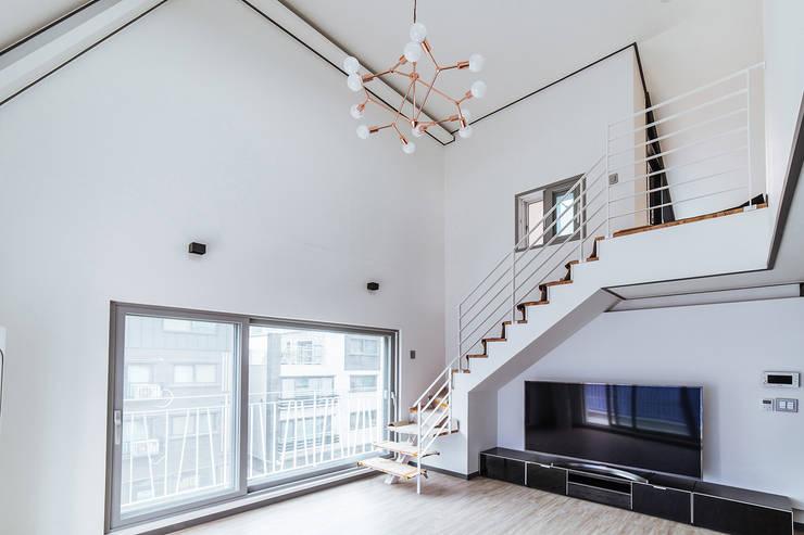 남양주_Olive Avenue: AAPA건축사사무소의  계단