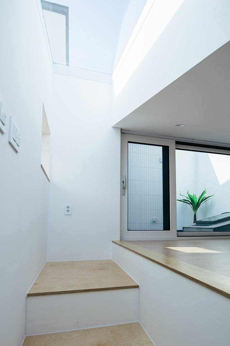 Dinding oleh AAPA건축사사무소, Modern