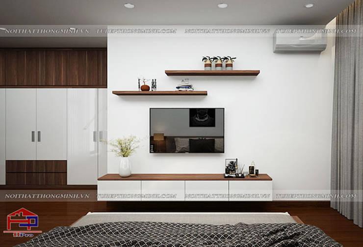 Ý tưởng thiết kế nội thất phòng ngủ master gỗ công nghiệp An Cường nhà anh Phương ở Thanh Hóa - view 3:  Bedroom by Nội thất Hpro