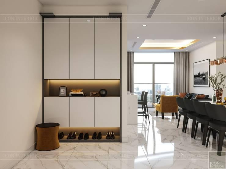 Thiết kế nội thất hiện đại tại căn hộ Landmark 4 - Khu đô thị Vinhomes Central Park:  Cửa ra vào by ICON INTERIOR