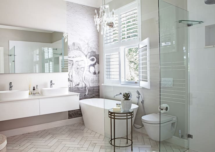House Lilford:  Bathroom by Bespoke Bathrooms, Eclectic