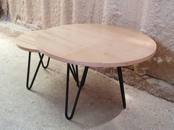 Modelo DUETTO: Salas de estilo  por SIMPLEMENTE AMBIENTE mobiliarios