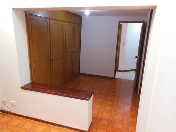 Phòng thay đồ theo AlejandroBroker, Kinh điển