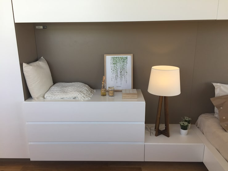 Minimalist bedroom by Modulus Minimalist