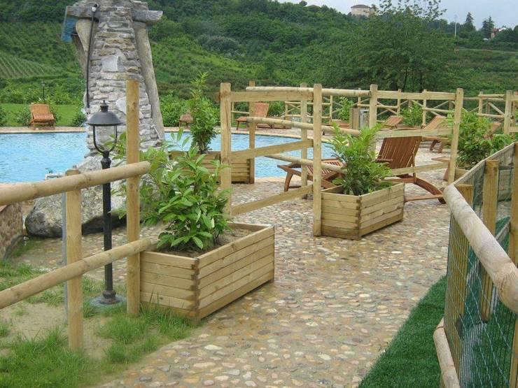I mille usi delle staccionate in legno - Staccionate in legno per giardino ...