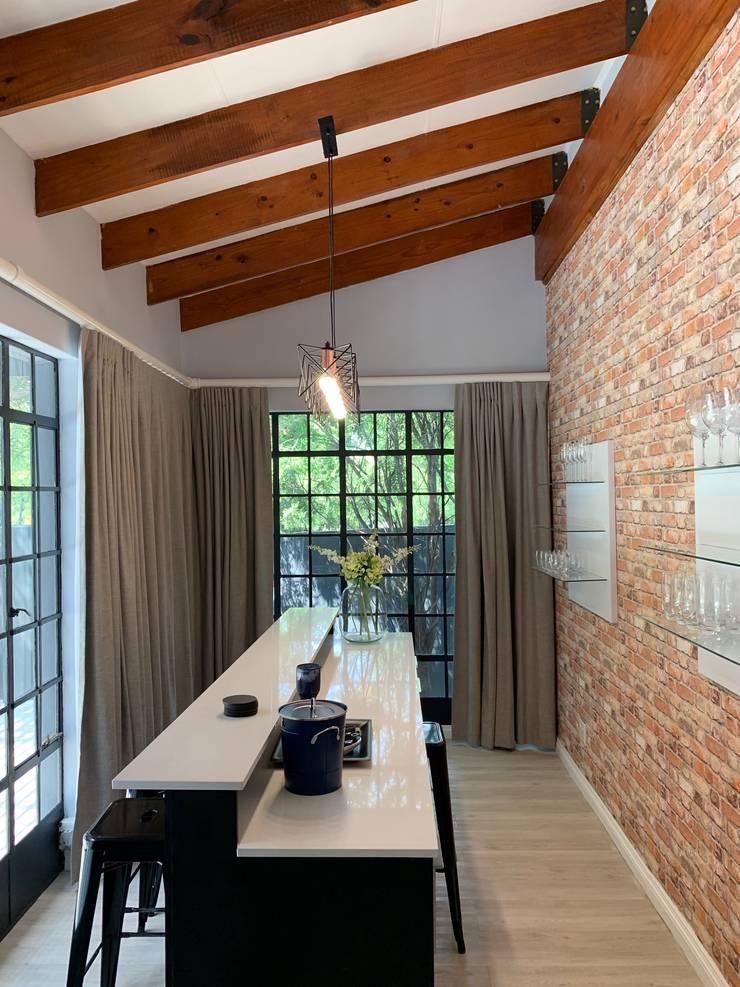 Home Renovation, Jukskei Park, Johannesburg:  Kitchen by CS DESIGN, Modern
