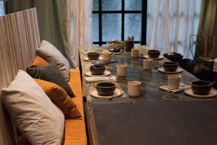 Open Kitchen : Comedores de estilo  por Tumburus Lucas - Diseño y Arquitectura Interior,