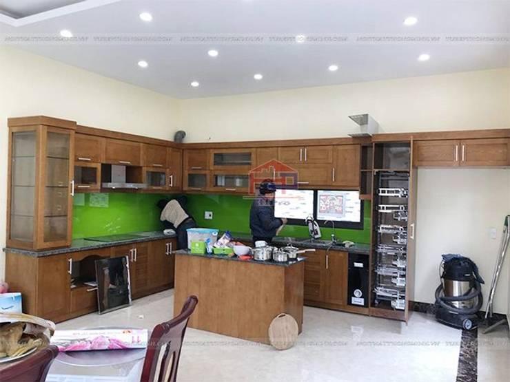 Lắp đặt tủ bếp gỗ sồi mỹ kèm bàn đảo cho nhà anh Việt ở Thái Nguyên:  Kitchen by Nội thất Hpro