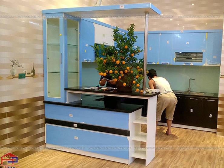 Hoàn thiện thi công tủ bếp acrylic cho nhà anh Tân ở Thạch Bàn:  Kitchen by Nội thất Hpro