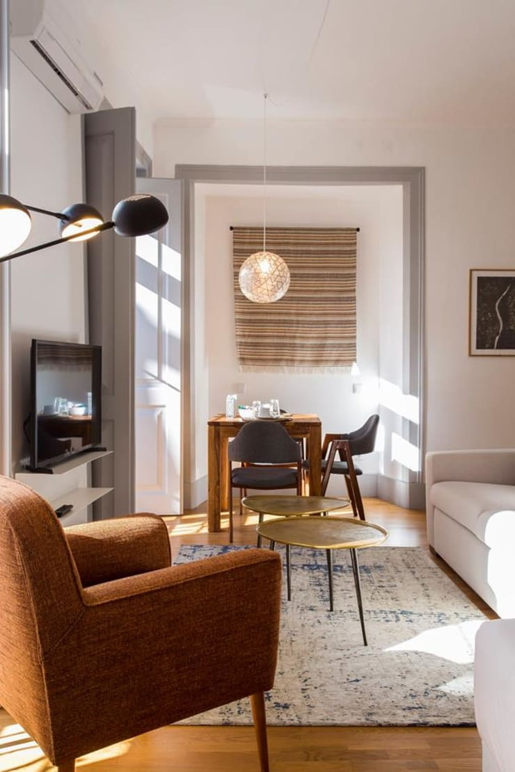 Haushalt von Traço Magenta - Design de Interiores