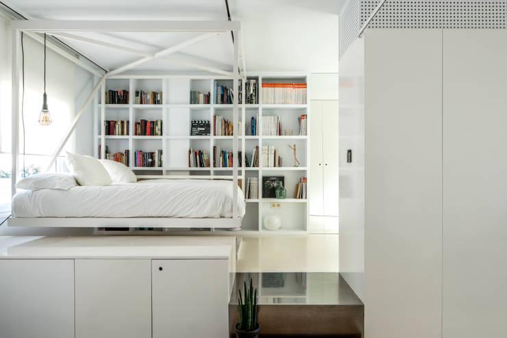 Ático Nube: Dormitorios de estilo  de 2G.arquitectos