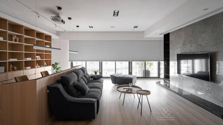 公共空間:  窗戶 by 極簡室內設計 Simple Design Studio