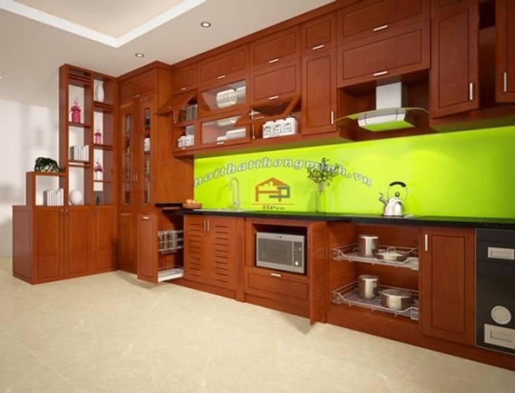 Ảnh thiết kế 3D tủ bếp gỗ xoan đào nhà chị Loan ở Thụy Khuê:  Kitchen by Nội thất Hpro
