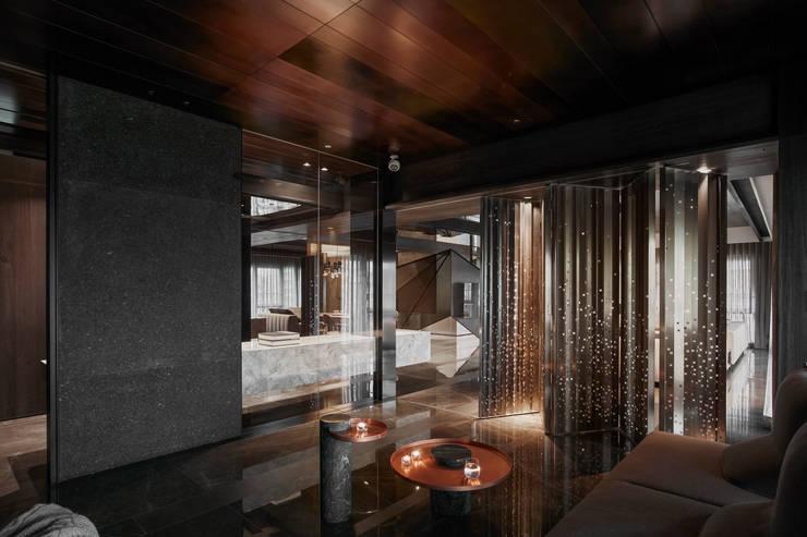 Residence of h:  書房/辦公室 by 沈志忠聯合設計