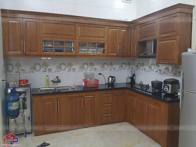 Ảnh thực tế bộ tủ bếp gỗ sồi mỹ tự nhên nhà chú Tâm ở Mê Linh sau khi hoàn thành thi công:  Kitchen by Nội thất Hpro