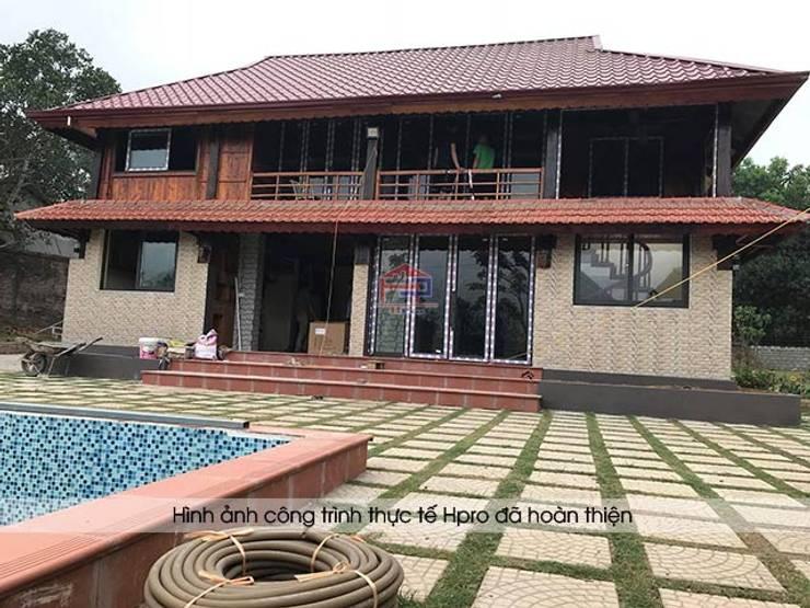 Không gian sống của khách hàng ở Xuân Mai - Hòa Bình:  Kitchen by Nội thất Hpro