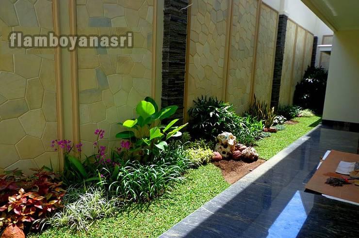 Tukang Taman Profesional Surabaya:  Taman batu by Tukang Taman Surabaya - flamboyanasri