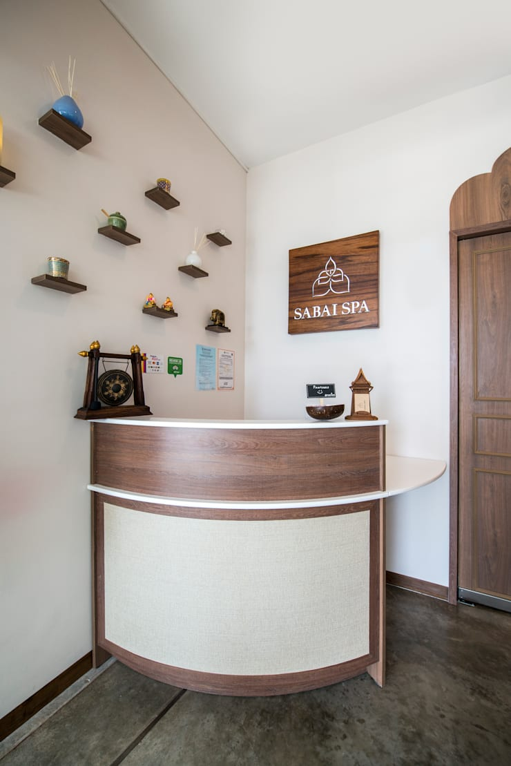Spa – Centro Comercial El Polo II, Surco: Spa de estilo  por Baum Studio,