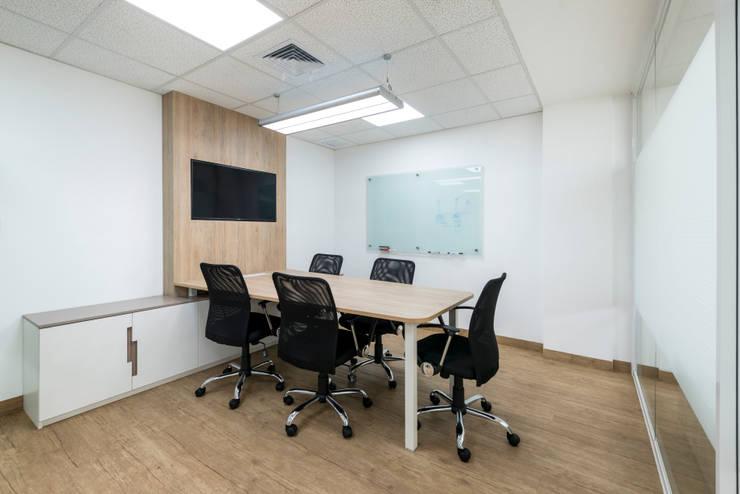 Oficinas Corporatívas – Corpac, San Isidro: Oficinas y Tiendas de estilo  por Baum Studio, Moderno