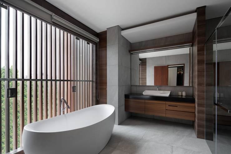 Gio House Setraduta:  Kamar Mandi by CV Berkat Estetika