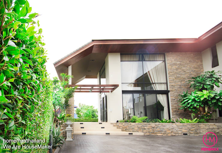 Khun Bow House:  บ้านและที่อยู่อาศัย by HOMEMAX THE BUILDER