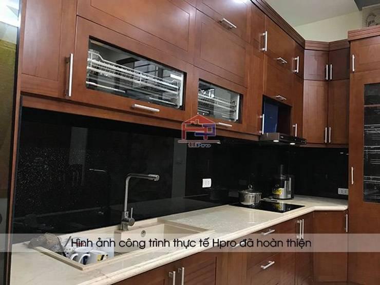 Hpro hoàn thiện lắp đặt tủ bếp gỗ sồi mỹ nhà anh Phương ở Đức Giang:  Kitchen by Nội thất Hpro