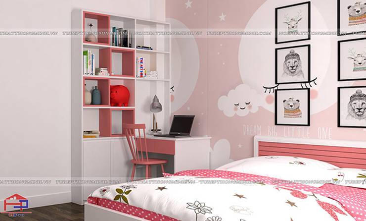 Ảnh thiết kế nội thất phòng ngủ bé gái gỗ công nghiệp MDF lõi xanh nhà chị Yến ở Long Biên:  Bedroom by Nội thất Hpro